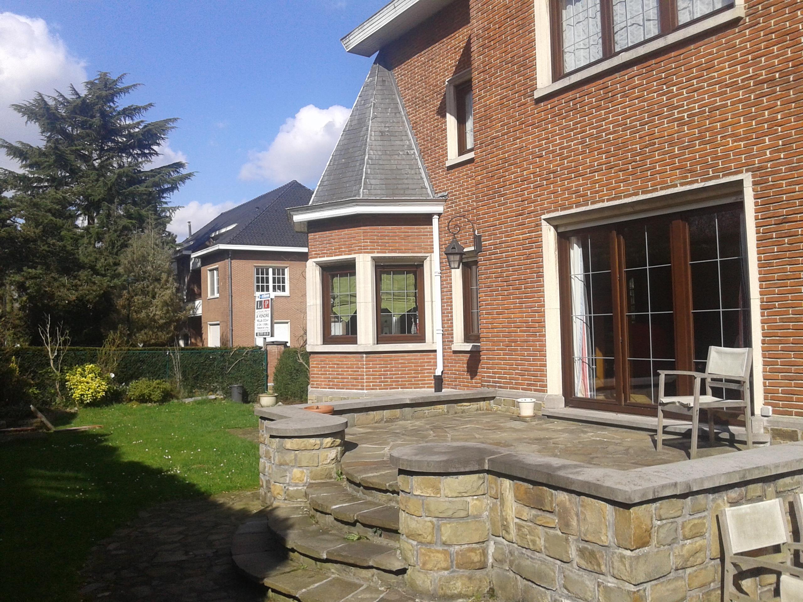 Villa lumineuse vendre bruxelles 1160 immo particulier - Couleurs du sud immobilier ...